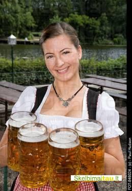 Darbas padavėjoms vokietijoje kavinėje-bare-aludėje