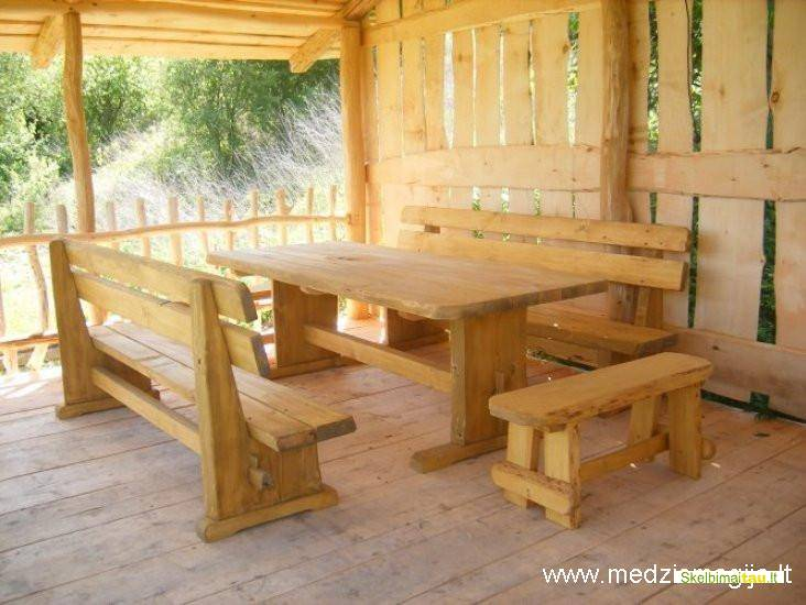 Medinių sodo baldu gamyba