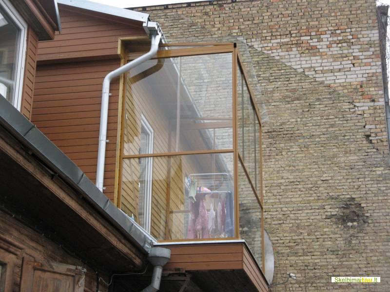 Balkonu stiklinimas aliuminio profiliais, plastikiniai langa