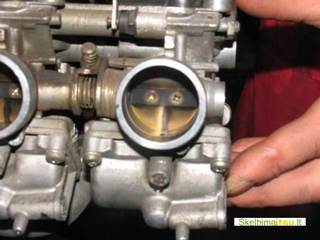 Benzininių , dyzelinių kuro sistemų ir purkštuku valymas.